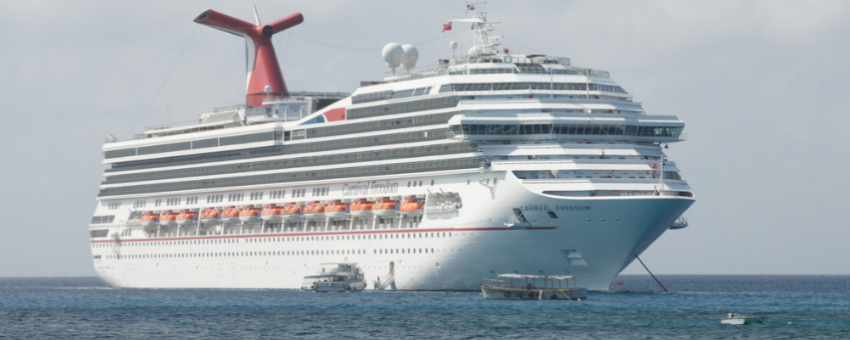 a lot of cruise ships come into Grand Cayman