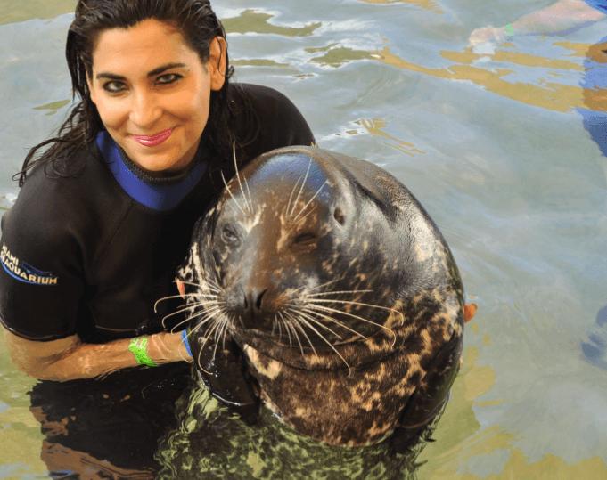 Girls love seals in Miami